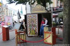 Puppetbuskers festival - Magicabine: goocheltrukendoos - Bedriegerij terwijl ge zelf staat op te kijken *aanrader*